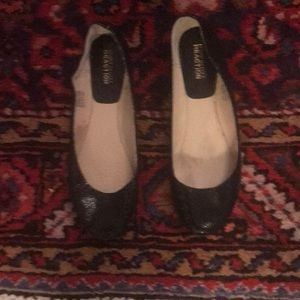 Black sequined flats by Kenneth Cole